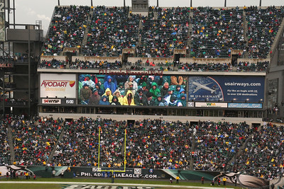 ( November 17th) It was a 17 - 7 win for the Philadelphia Eagles today against the Miami Dolphins. It was chilly and rainy, but a lot of fun to be at the stadium for an Eagles win. That warm autum weather we have been enjoying seems to be behind us for now.....I enjoyed the picture-in-picture nature of this shot. Hope you do too. H