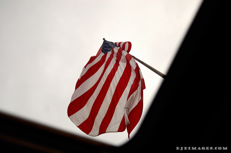 Flagabove1