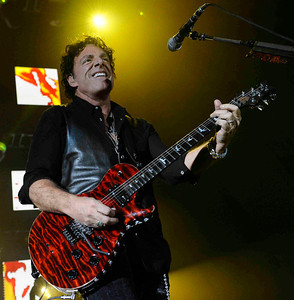 Lead guitarist Neal Schon of Journey performs to a crowd of 18,000 fans at the Hollywood bowl Tuesday night during their 2011 tour.  Hollywoood CA. Oct 11,2011. Photo by Gene Blevins/LA DailyNews