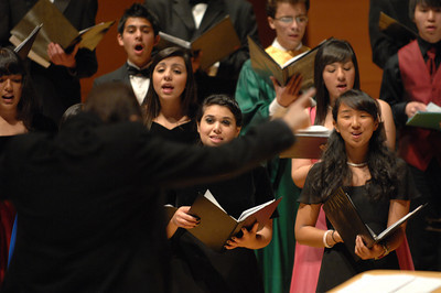 900 students from 24 local High Schools participated in the Los Angeles Master Chorale's 22nd Annual High School Choir Festival at the Walt Disney Concert Hall. Grant Gershon, is the music director of the Los Angeles Master Chorale, and conducted the students who filled the hall for the performance.  Los Angeles, CA 4-15-2011. (John McCoy/staff photographer)