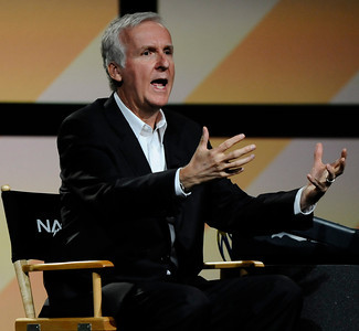 James Cameron has teamed with cinematographer Vince Pace, another 3D pioneer, to form Cameron-Pace Group (CPG).