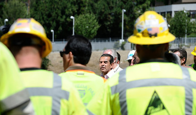 LA mayor antonio villaraigosa arrives for a 11am press conference to announce work crews have finish 17 hours ahead of schedule as the 405 freeway was reopen  around 11:30am this morning.   Los Angeles CA  July 17,2011. Photo by Gene Blevins/LA Daily News