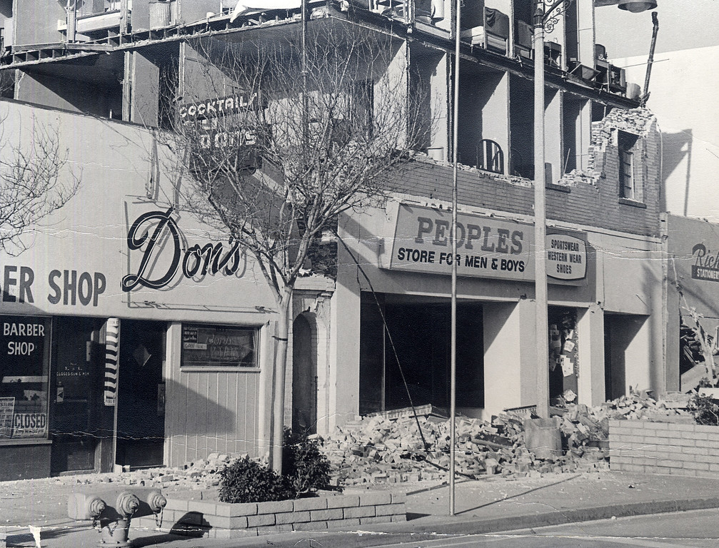 . The 1971 San Fernando earthquake (also known as Sylmar earthquake) struck the San Fernando Valley near Sylmar at 6:00:55 a.m. PST on February 9, 1971, with a magnitude of 6.6.  The Peoples clothing store and the Mission City Hotel on the San Fernando Mall  were severly damaged in the quake. There are various names for this earthquake. Seismologists call it the San Fernando earthquake. USGS \'Sylmar Quake\' or \'Sylmar earthquake\' is the name initially given to the event by local media outlets, because the worst damage was to the Olive View Medical Center, located in Sylmar. Local veterans of \'the Sylmar Quake\' commonly refer to this seismic event as the \'February Ninth\' quake. (Daily News File Photos.)