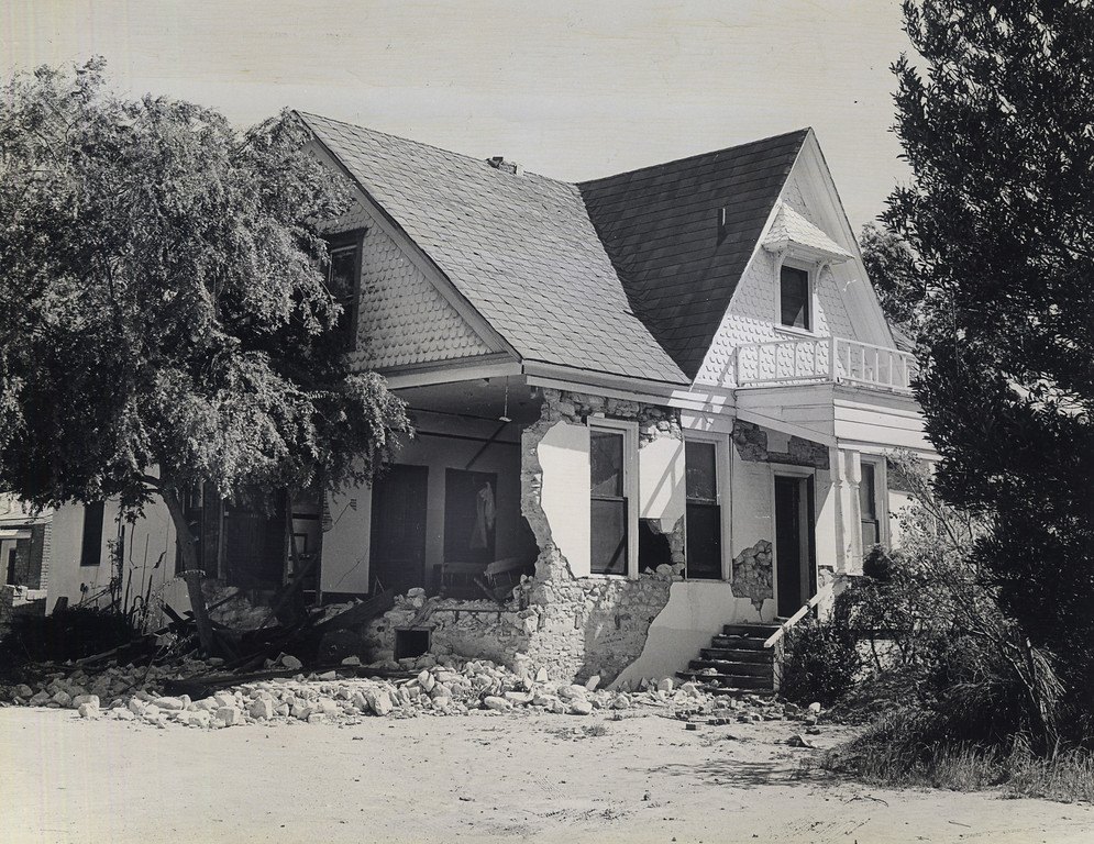 . The 1971 San Fernando earthquake (also known as Sylmar earthquake) struck the San Fernando Valley near Sylmar at 6:00:55 a.m. PST on February 9, 1971, with a magnitude of 6.6.  Built in 1872, the Maclay House , on the northeast corner of Fourth Street and Brand Blvd. in San Fernando was severly damaged by the quake. There are various names for this earthquake. Seismologists call it the San Fernando earthquake. USGS \'Sylmar Quake\' or \'Sylmar earthquake\' is the name initially given to the event by local media outlets, because the worst damage was to the Olive View Medical Center, located in Sylmar. Local veterans of \'the Sylmar Quake\' commonly refer to this seismic event as the \'February Ninth\' quake. (Daily News File Photos.)
