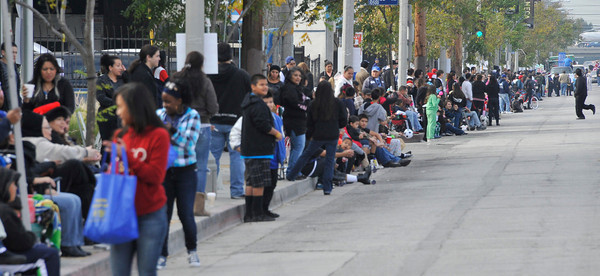 Hundreds of people line the streets during the 43rd Annual Pacoima Christmas Parade and Festival. Dec 4 ,2010. Photo by Gene Blevins/LA Daily News