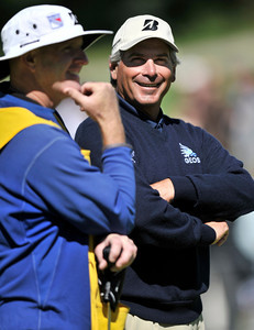 Fred Couples seems to be enjoying himself while standing on the 4th green during the final round of the Northern Trust Open at Riviera Country Club in Pacific Palisades , CA. 2-20-2011. (John McCoy/staff photographer)