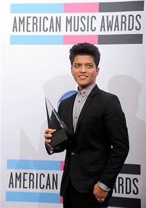 2011 American Music Awards Press Room