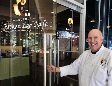 Another Broken Egg Cafe owner Todd Feinberg. The restaurant features a primarily breakfast and lunch menu. Burbank, CA. 8-18-2011. (John McCoy/Staff Photographer)
