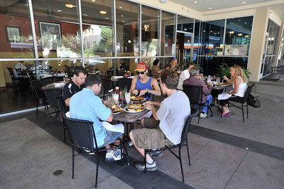 Another Broken Egg Cafe serves meals outdoors on a well shaded patio. The restaurant features a primarily breakfast and lunch menu. Burbank, CA. 8-18-2011. (John McCoy/Staff Photographer)