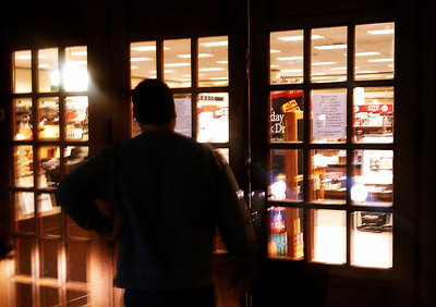 Some book readers arrived to late at the Barnes & Noble bookstore as the doors were closed at Ventura and Hayvenhurst in Encino. The bookstore closes for good at 6 p.m., forced out by higher rents and is being replaced by a CVS store. Encino CA Dec 31,2010. Photo by Gene Blevins/LA DailyNews