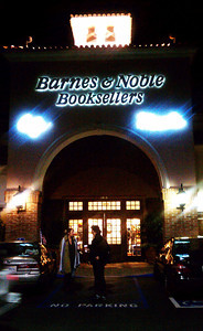 Book readers get a last chance to buy books at the Barnes & Noble bookstore next to Starbucks a popular hangout spots at Ventura and Hayvenhurst in Encino. The bookstore closes for good at 6 p.m., forced out by higher rents and is being replaced by a CVS store. Encino CA Dec 31,2010. Photo by Gene Blevins/LA DailyNews