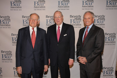 Former Calif. Chief Justice Ronald M. George with co-honoree Roman M. Silberfeld and Associate Justice Anthony M. Kennedy The Beverly Hills Bar Association (BHBA), expanding on its tradition of championing access to justice, an independent judiciary and the Rule of Law, honored two titans of the legal community at its inaugural ÒBeverly Hills Bar Association Litigation Section Dinner,Ó on Wednesday, February 2, 2011, at Montage Beverly Hills. More than 300 legal glitterati turned out to salute recently-retired California Supreme Court Chief Justice Ronald M. George, considered one of the most effective judicial administrators in the stateÕs history, and renowned trial lawyer Roman M. Silberfeld, widely respected for his groundbreaking work on a range of complex litigation cases, including the recent entertainment case Celador International Ltd. v. The Walt Disney Company, for which he obtained a verdict for a record amount of $319 million.  Lee Salem Photography