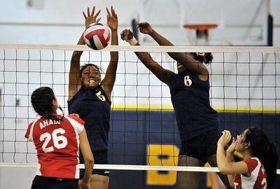 Birmingham High School played host to Taft in a girls volleyball game. Reseda, CA. 10-05-2010. (John McCoy/staff photographer)