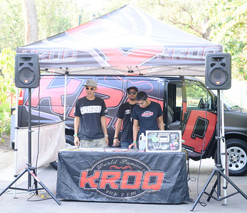 KROQ radio plays music during the annual  Brew at the Zoo, as over 2000 beer lovers came out to sample 20 different kinds of brews makers beers at the LA zoo. Los Angeles. CA. Aug 12,2011 photo by Gene Blevins/LA DAILY NEWS