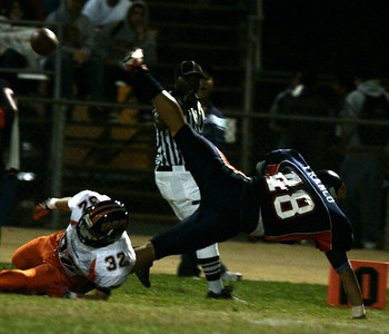 Chatsworth's  Thomas Franco makes a one-hand stand enroute to catch a pass agaisnt Chaminade's Bryan Hufford during the first half on Thursday, September 20, 2007 at Chatsworth High School. (Edna T. Simpson)