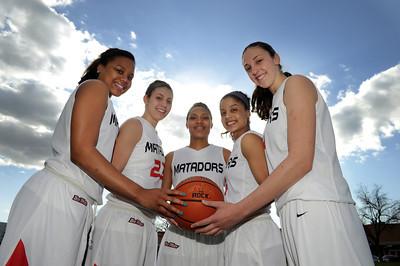 CSUN women basketball freshman team members Kourtney Ainsworth, Randi Friess, Janae Sharpe, Ashley Guay, and Camille Mahlknecht. (Hans Gutknecht/Staff Photographer)