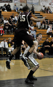 Simi traveled to Calabasas High School to play in a Marmonte League showdown. Calabasas ,CA 1-26-2011. (John McCoy/staff photographer)