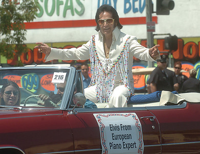 Elvis from European Piano expert rides in the 19th Annual Canoga Park Memorial Day Parade on Monday, May 28, 2007.  (Tina Burch/Staff Photographer)