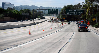 South bound 405 at the 101 freeway had no traffic today through Encino as construction teams work on the demolishing the Mulholland Dr. bridge over the 405 freeway on the first day of carmageddon. Los Angeles CA  July 16,2011. Photo by Gene Blevins/LA Daily News