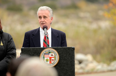 Los Angeles City Council Member Paul Krekorian speaks Monday, December 19, 2011 at the Angeles National Golf Club during a ceremony to publicly dedicate nearly 280 acres of open space adjacent to the Sunland golf course.  (Hans Gutknecht/Staff Daily News)