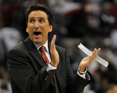 Clippers Vinny Del Negro. The Clippers were defeated by the Portland Trail Blazers 98 to 88 in the season opener at Staples Center in Los Angeles, CA.10-27-2010. (John McCoy/staff photographer)