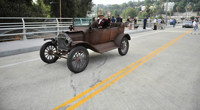 Gary Hendrickson cross over the now open to traffic the Colfax Avenue bridge Thursday morning in his  1915 Ford model T, as the two-year project to widen and modernize the overpass comes to a completion. Studio City, CA. July 28,2011. photo by Gene Blevins/LA Daily News