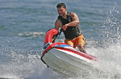 Kevin Carrafiello of Canyon CountryÊrides his personal water craft at the Upper Castaic Lake in Castaic, CA, on Sunday, July 22, 2007. (John Lazar/L.A. Daily News Staff Photographer)