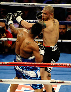 Ricardo Mayorga vs Miguel Cotto