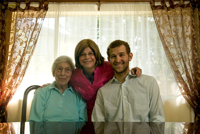 Toby Zablen, Andrew and mother Lori Moore share a long-time bond. Zablen, 97, helped the Moore family 20 years ago, taking care of 21-year-old and Cal State Northridge senior Andrew Moore beginning when he was two. The Moores frequently visit Zablen at Royal Garden, an assisted living facility in Valley Glen, Calif.  (Maya Sugarman/Staff Photographer)