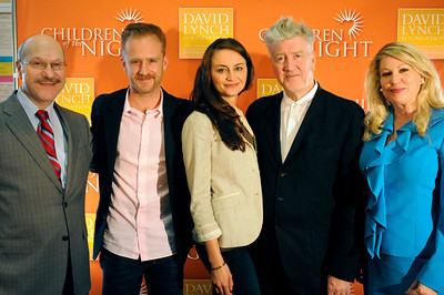 (l-r) Norman Rosenthal, Ben Foster,Emily and David Lynch and Lois Lee. Transendental Meditation is being used by teen victims of prostitution to ease their traums. Academy Award-nominated director, acclaimed writer and producer David Lynch and his wife Emily; Children of the Night founder and president Dr. Lois Lee, motion picture actor Ben Foster, and world-renowned psychiatrist and author Norman Rosenthal were all on hand to talk about the benefits of meditation. Van Nuys, CA 6-3-2011. (John McCoy/Staff Photographer)