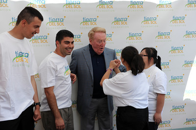 Dodger broadcaster Vin Scully at Angeles National Golf Course Monday, April 25, 2011. Scully was on hand for the 'Tee off for Tierra' charity golf tournament. The proceeds from the event benefit people with developmental disabilities at Tierra del Sol Foundation.  Tierra del Sol helps more than 500 people across Los Angeles County overcome cognitive, physical, emotional or behavioral challenges resulting from developmental disability.  (Hans Gutknecht/Staff Photographer)