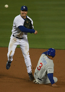 Los Angeles Dodgers' Jeff Kent tags out Cubs' Cesar Izturis at second base in the third inning of the game played on Friday, May 25, 2007 in Los Angeles, CA.  John Lazar / L.A. Daily News Staff Photographer