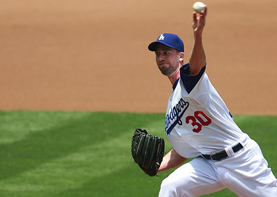 Los Angeles Dodgers' pitcher Mark Hendrickson gave up two homeruns back-to-back in the second inning to Cubs batters during the game played on Saturday, May 26, 2007 in Los Angeles, CA, where the Dodgers lost the second of a three-game series 2-4.  John Lazar / L.A. Daily News Staff Photographer