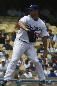 Dodgers pitcher Eric Stults started pitching in the first inning on Sunday, July 22, 2007 against New York Mets at Dodger Stadium. (Edna T. Simpson)