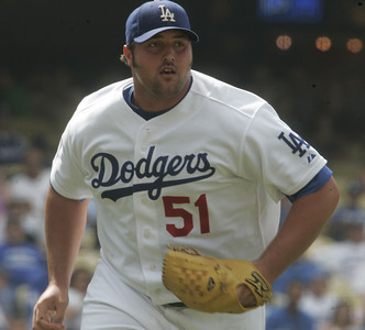 Dodgers' Jonathan Broxton pitches during the ninth inning against New York Mets on Sunday, July 22, 2007 at Dodger Stadium. (Edna T. Simpson)