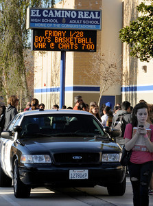 Los Angeles Police officers responded to El Camino Real High School today after reports circulated that an individual was making threats with a gun. Officers did not recover a firearm, and the campus was locked down for a short period of time. Woodland Hills ,CA 1-26-2011. (John McCoy/staff photographer)