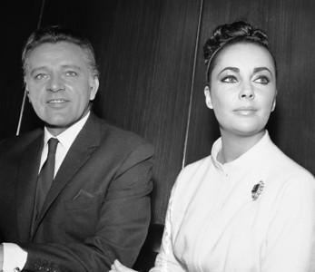Elizabeth Taylor with Richard Burton