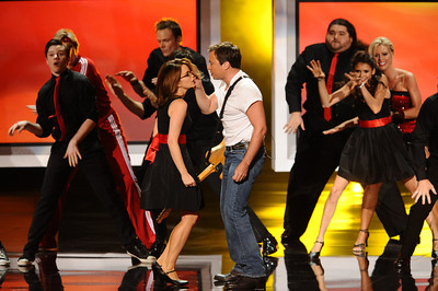 Tina Fey and Jimmy Fallon perform with the cast of Glee in the background at the 62nd Primetime Emmy Awards on Sunday, August  29, 2010, at the Nokia Theatre in Los Angeles.(Michael Owen Baker/ staff photographer)