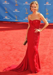 Jessalyn Gilsig arrives for the 62nd Primetime Emmy Awards on Sunday, August  29, 2010, at the Nokia Theatre in Los Angeles.(John McCoy/ staff photographer)