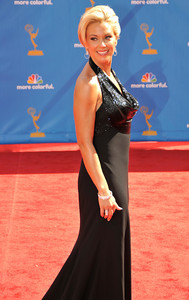 Kate Gosselin arrives for the 62nd Primetime Emmy Awards on Sunday, August  29, 2010, at the Nokia Theatre in Los Angeles.(John McCoy/ staff photographer)