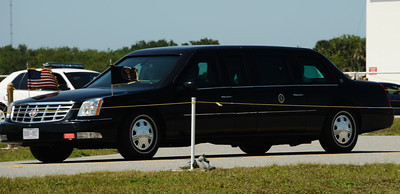 U.S. President Barack Obama arrives at the VAB as problems with the shuttle Endeavour's hydraulic power system forced NASA managers to scrub Friday's planned launch on a space station assembly mission, disappointing thousands of spectators and spoiling a visit by President Obama and his family.  Kennedy Space Center FL. April 28,2011. Photo by Gene Blevins/LA Daily News