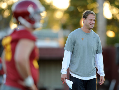 Head Coach Lane Kiffin during football practice at USC August 4, 2011. (Hans Gutknecht/Staff Photographer)