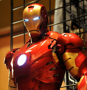 A large model of Ironman is displayed during the Hollywood Xpo in the Hilton hotel at Universal City. The colorful three day event features appearances by Over 100 Stars, Reunions, Screenings & More. For more info on the event go to www. hollywoodxpo.com.  Oct 15,2010. Photo by Gene Blevins/LA Daily News