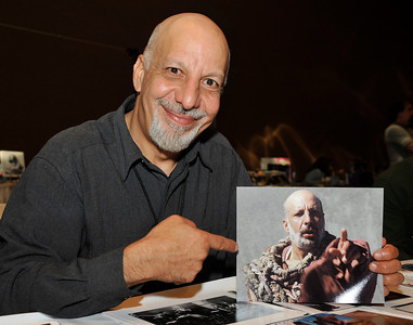 Actor Erick Avari who has many rolls in sifi films such as Start Gate, Planet of the Apes and Independence Day at the Hollywood Xpo in the Hilton hotel at Universal City. The colorful three day event features appearances by Over 100 Stars, Reunions, Screenings & More. For more info on the event go to www. hollywoodxpo.com. Oct 15,2010. Photo by Gene Blevins/LA Daily News