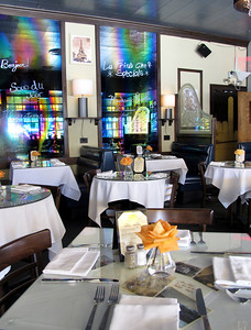 La Frite Cafe on Ventura Blvd. in Sherman Oaks Ca.  Restaurant interrior recently renovated. (Dean Musgrove/Staff Photographer)