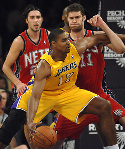 DS15-LAKERS-NETS-MB