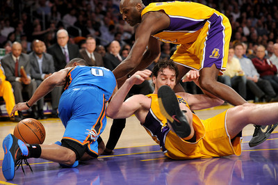 DS18-LAKERS-17AH