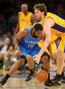 DS18-LAKERS-7AH