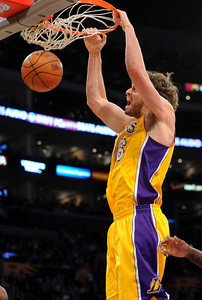 DS12-LAKERS-9AH