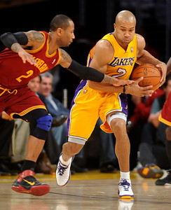 DS12-LAKERS-10AH